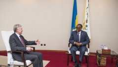 Kagame receives UN Secretary General personal envoy for Western Sahara conflicts